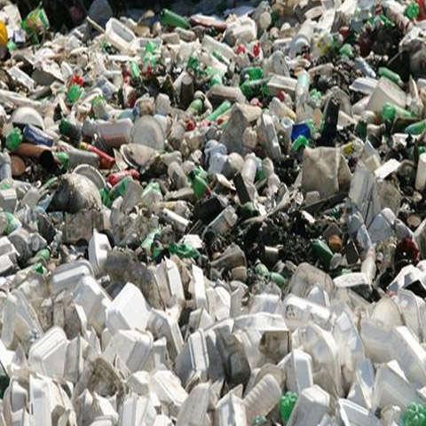 rác thải nhựa 2