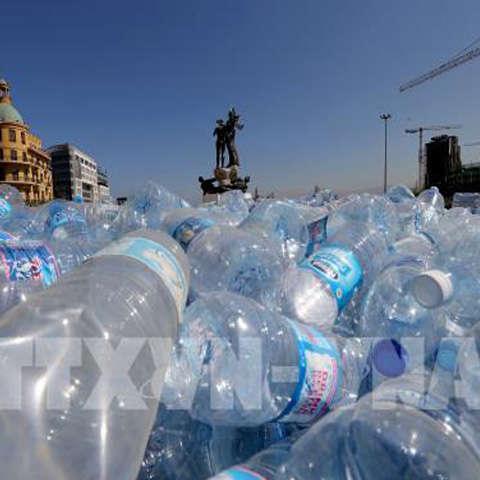 ý cấm chai nhựa dùng 1 lần