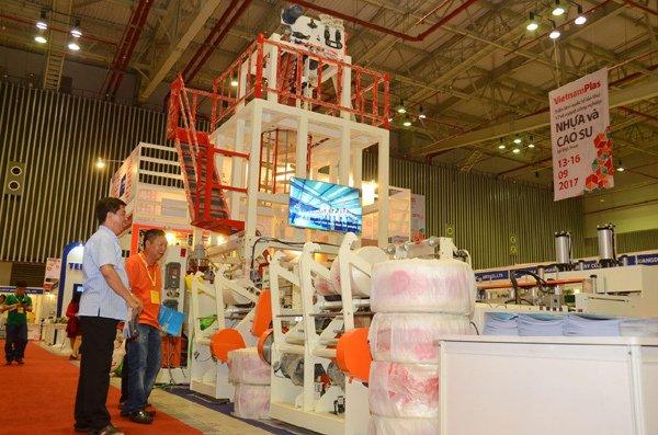 Nhựa Việt Nam được doanh nghiệp quốc tế quan tâm 2